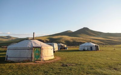 What's The Difference Between a Mongolian, Kazakh, Kyrgyz Yurt?